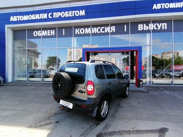 Купить б/у Chevrolet Niva, 2016 год, 80 л.с. в Саратове