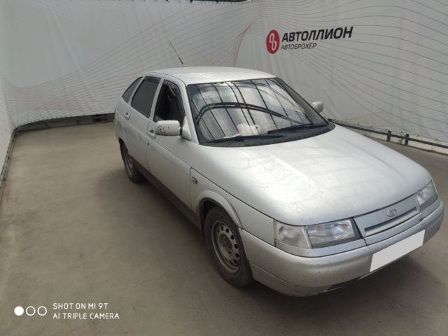 Купить б/у ВАЗ (LADA) 2112, 2002 год, 90 л.с. в России