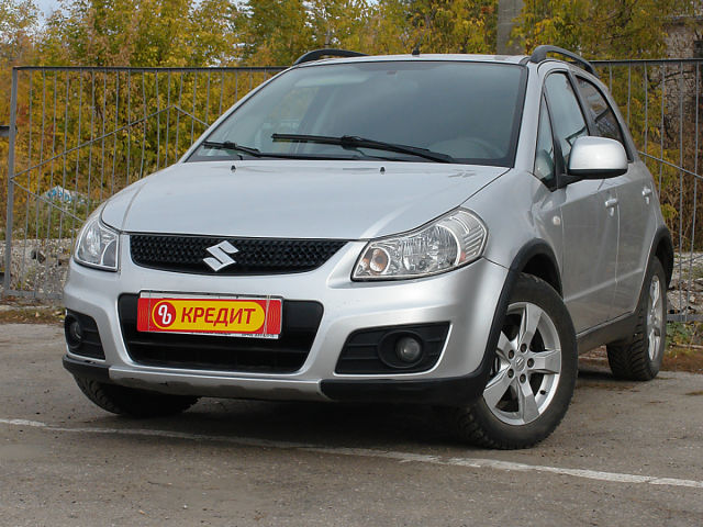 Купить б/у Suzuki SX4, 2011 год, 104 л.с. в России