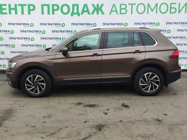 Купить б/у Volkswagen Tiguan, 2018 год, 150 л.с. в Петрозаводске
