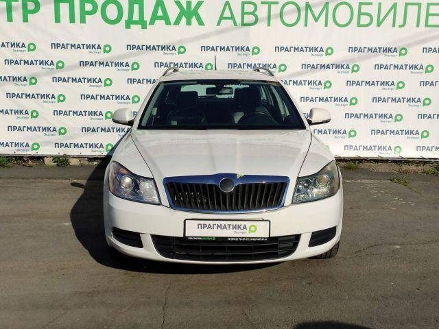 Купить б/у Skoda Octavia, 2012 год, 102 л.с. в Петрозаводске